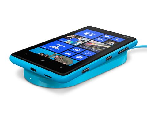 nokia-lumia-920820-charging