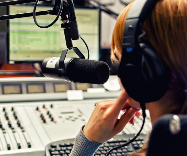 Avec le basculement technologique, près de 8 millions de postes radio vont subitement devenir obsolètes dans le pays scandinave. ©DmitriMaruta/shutterstock.com