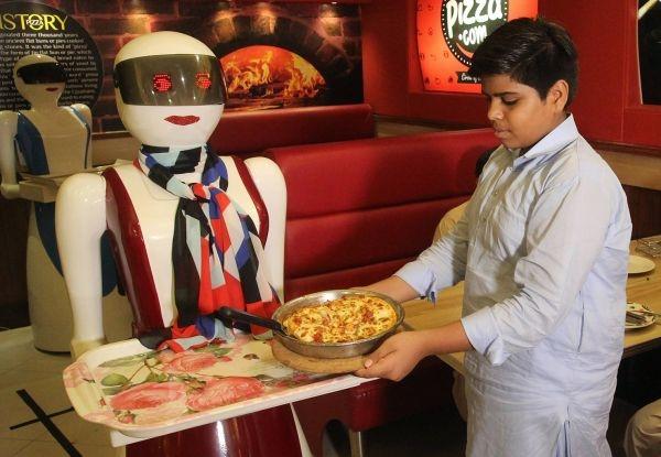 robot serveuse